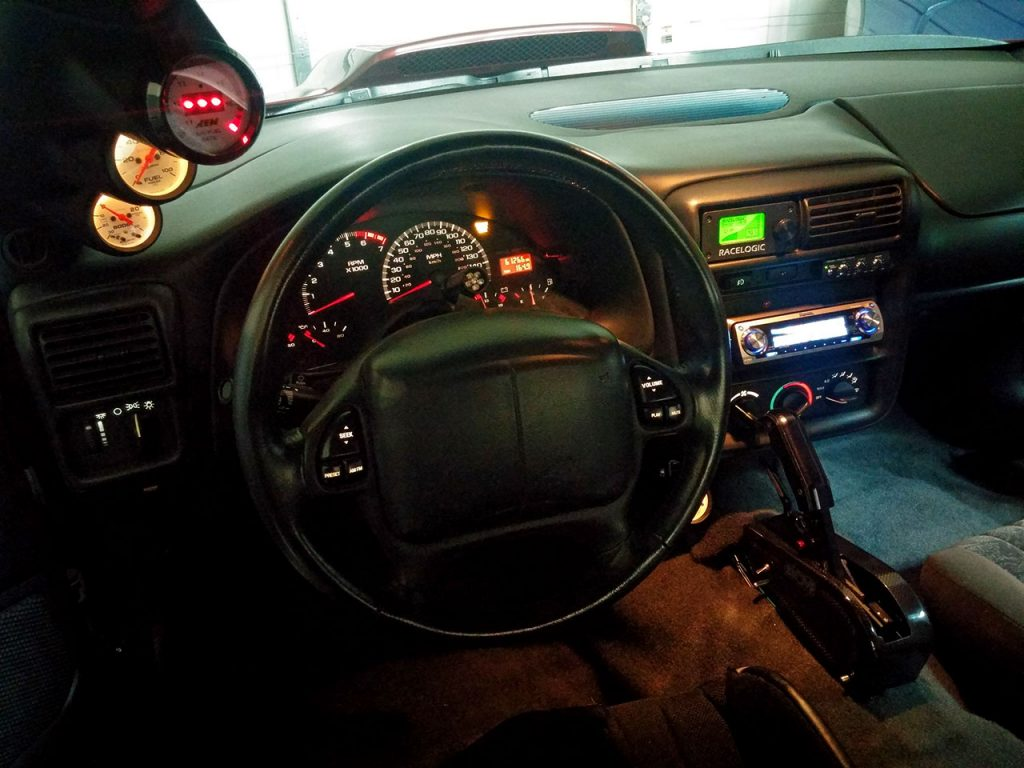 interior_dash_l